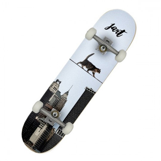 "Jart Metropolitan 8"" MC Complete Skateboard"