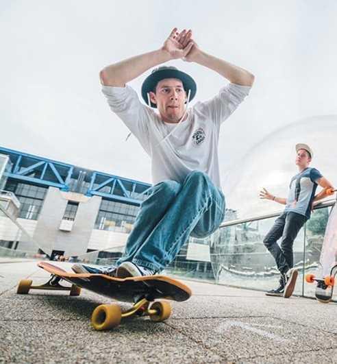 Longboards skateboards completes